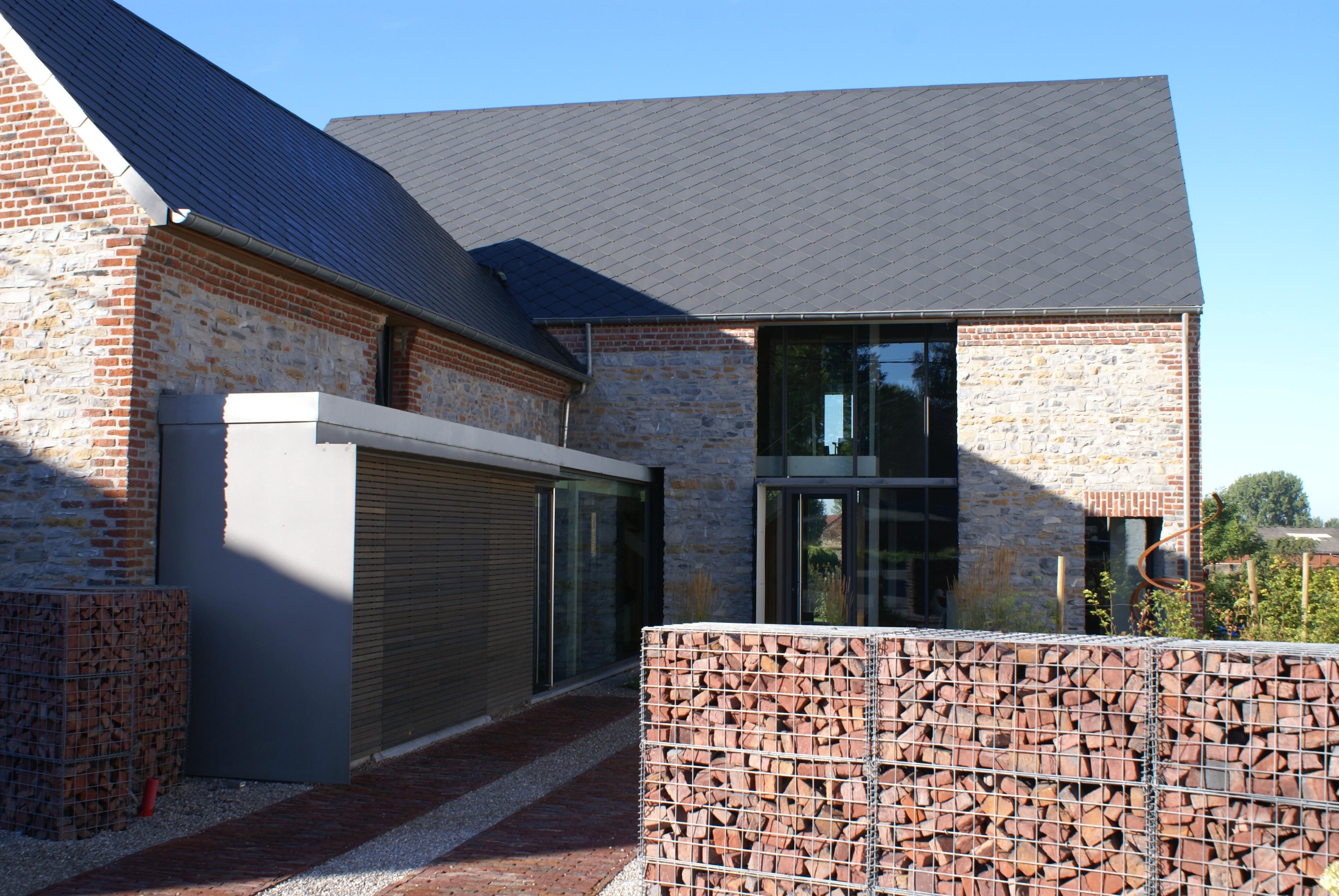 transformation d 39 une grange en habitation wadelincourt. Black Bedroom Furniture Sets. Home Design Ideas